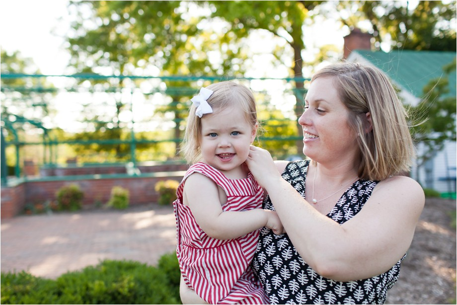 Chesterfield-family-photographer-two-year-photo-session-lifestyle-family-photography-angie-menos-st-louis-photographer_0023